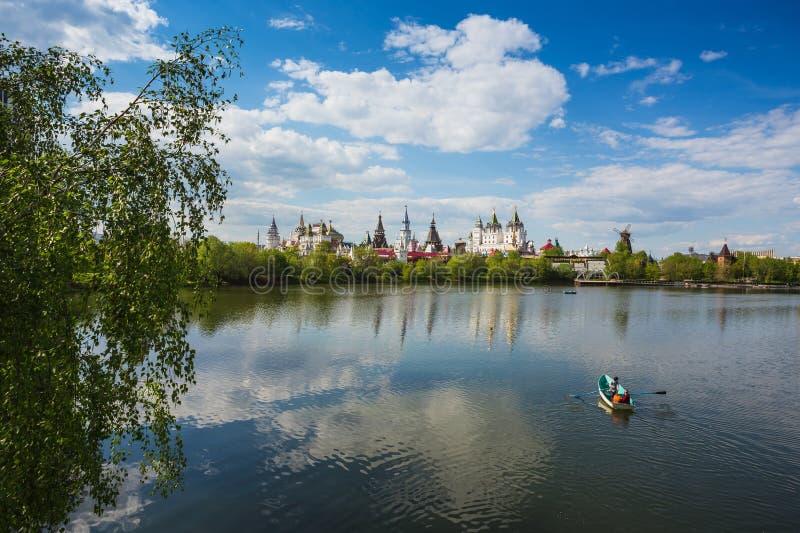 Paisaje de Moscú Kremlin en Izmailovo fotografía de archivo