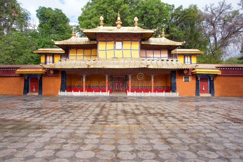 Paisaje de Norbulingka fotografía de archivo libre de regalías