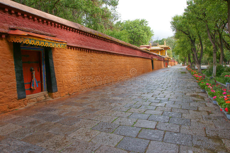 Paisaje de Norbulingka imagen de archivo