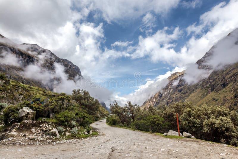 Paisaje de Santa Cruz Trek, Blanca de Cordillera, Peru South America foto de archivo