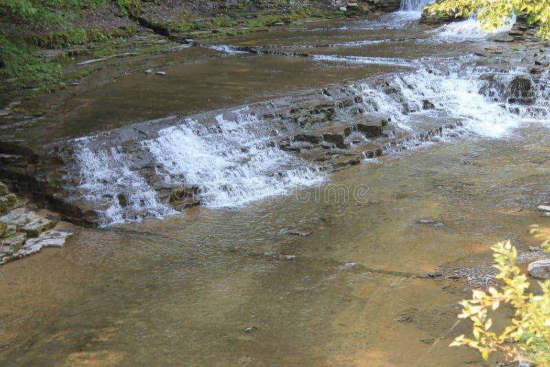 Paisaje de Senic de la cascada fotos de archivo