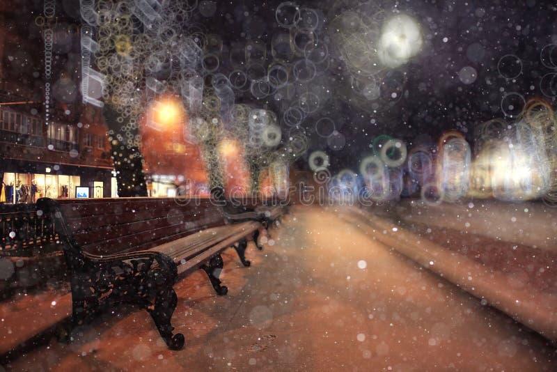 Paisaje del invierno con las vistas de la ciudad foto de archivo libre de regalías