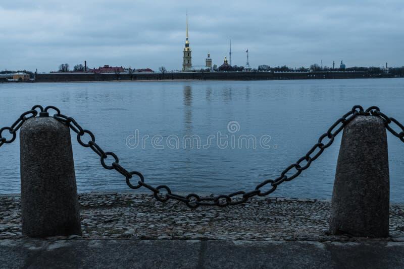 Paisaje del invierno de Sankt-Peterburg fotografía de archivo libre de regalías