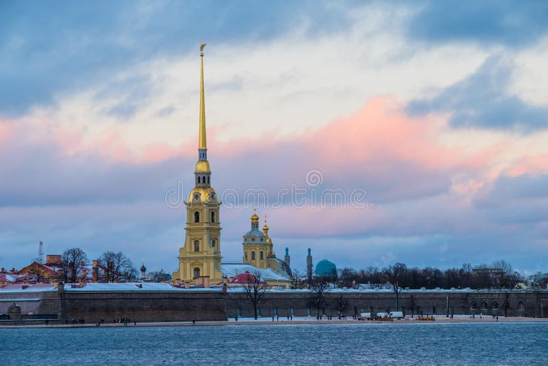 Paisaje del invierno de Sankt-Peterburg fotos de archivo libres de regalías