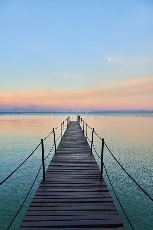 Paisaje del lago Garda fotografía de archivo