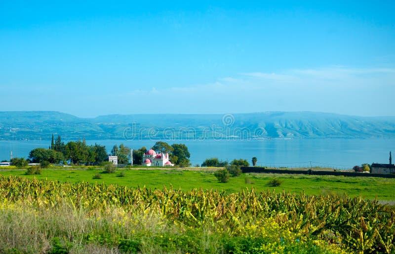 Paisaje del lago Kinneret - mar de Galilea imagenes de archivo