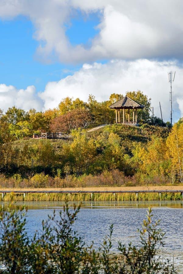 Paisaje del otoño del lago Sun imagen de archivo libre de regalías