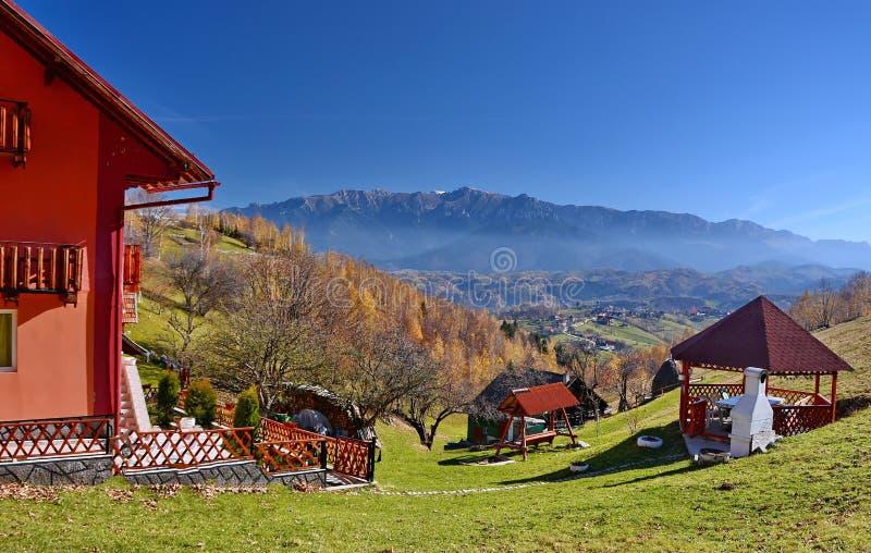 Paisaje del otoño en Rumania imagenes de archivo
