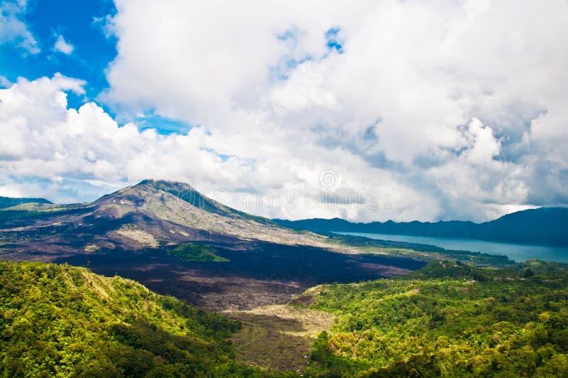 Paisaje del volcán de Batur en la isla de Bali fotografía de archivo libre de regalías
