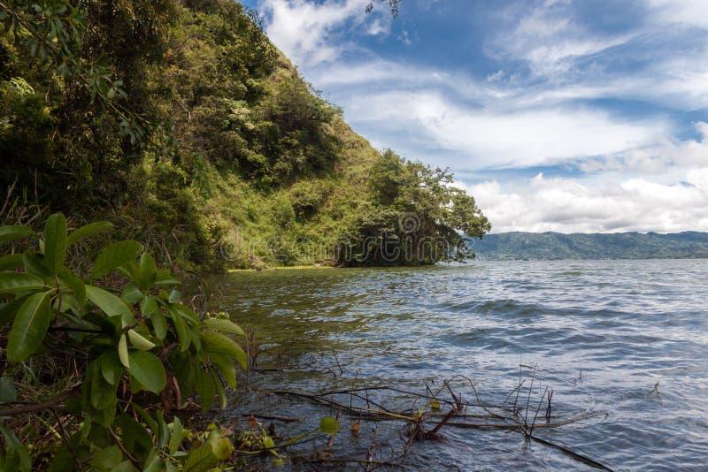 Paisaje del volcán y del lago Batur de Batur foto de archivo