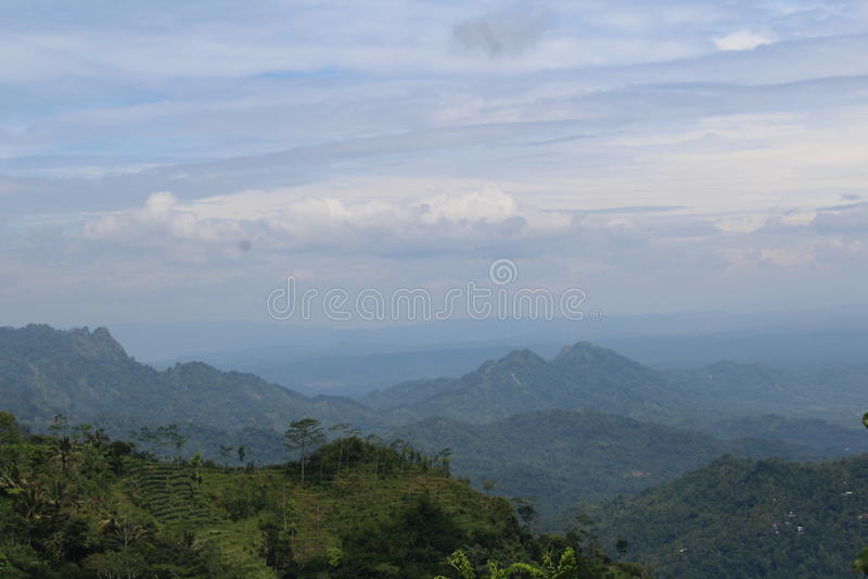 Paisaje en las colinas de Suroloyo imagenes de archivo