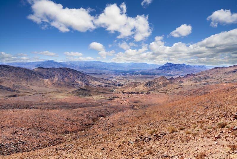 Paisaje escénico del desierto marroquí imagenes de archivo