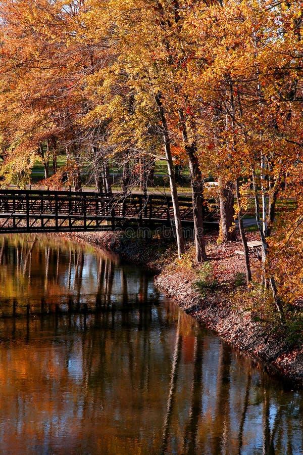 Paisaje escénico del otoño fotografía de archivo libre de regalías