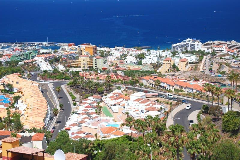 Paisaje excepcional pintoresco de los las hermosos Américas de del playa del centro turístico en Tenerife, España foto de archivo