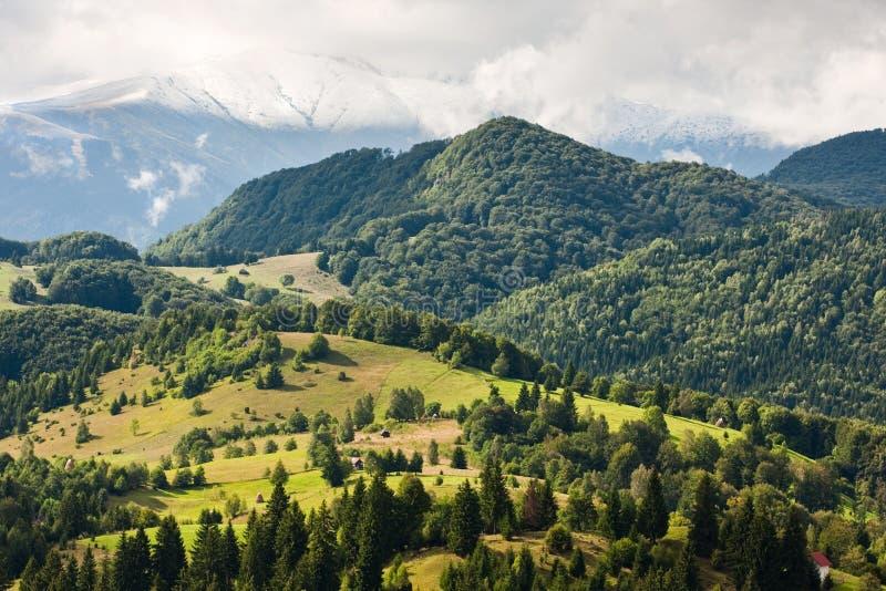Paisaje hermoso de la montaña foto de archivo libre de regalías