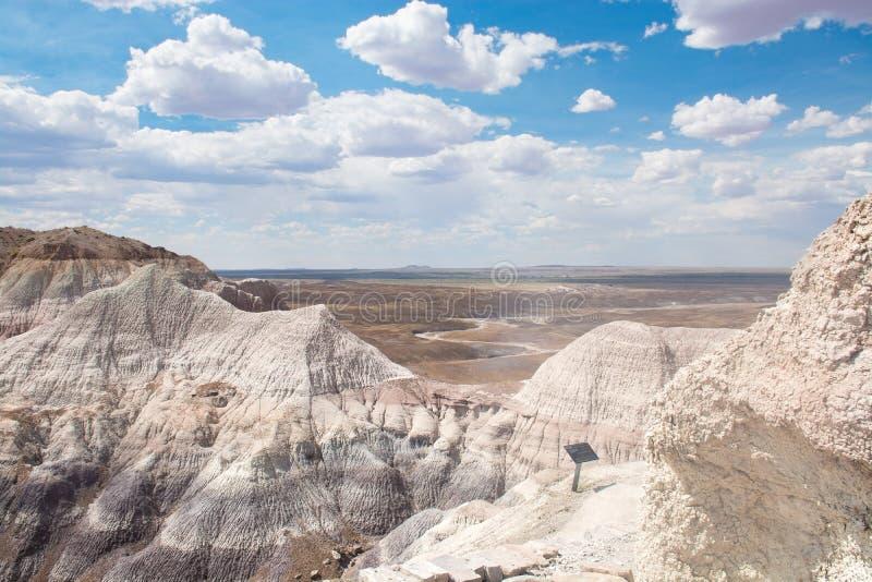 Paisaje hermoso de la montaña del desierto en Arizona imagenes de archivo