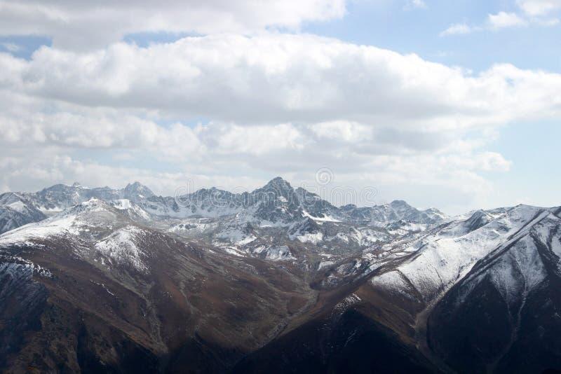 Paisaje hermoso de la naturaleza en Gulmarg, Cachemira, la India imágenes de archivo libres de regalías