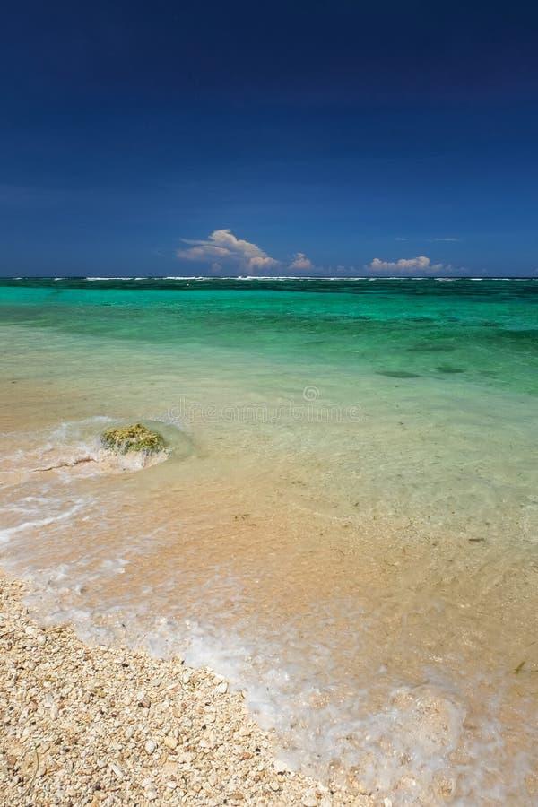 Paisaje hermoso de la playa fotos de archivo