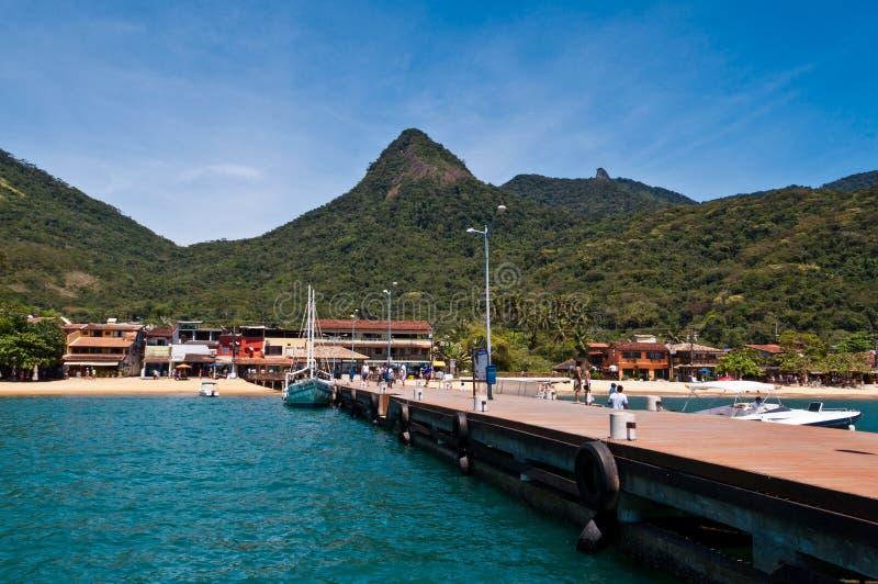 Paisaje hermoso de una isla tropical imagen de archivo