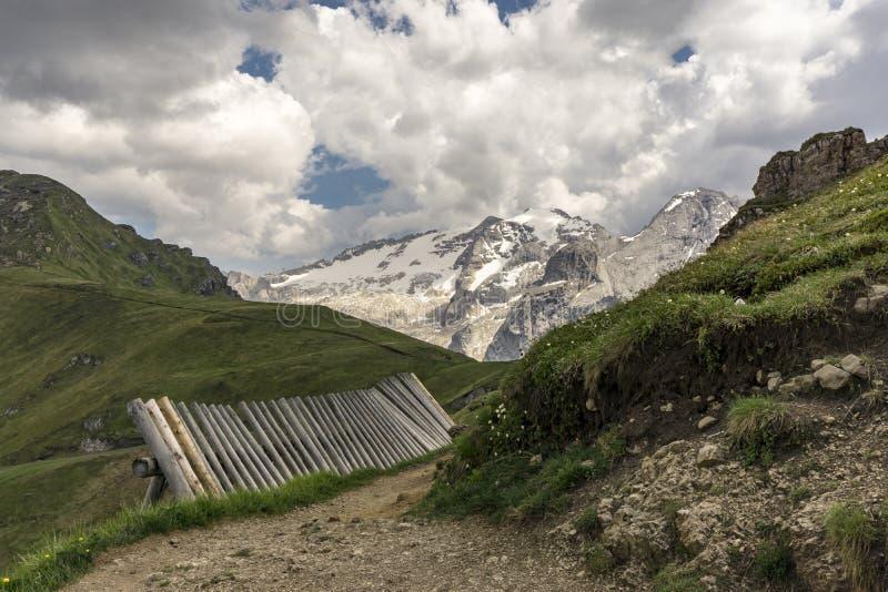 Paisaje hermoso del macizo de Marmolada Dolomías Italia imágenes de archivo libres de regalías