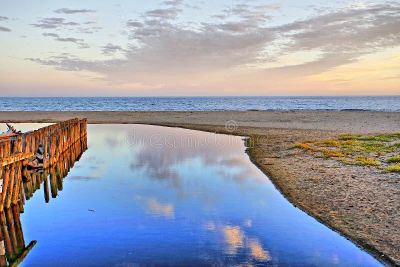 Paisaje hermoso en la playa fotos de archivo libres de regalías