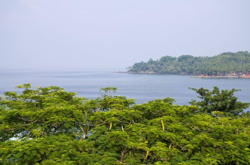 Paisaje hermoso la isla de Andamansky para virar a Blair India hacia el lado de babor fotografía de archivo libre de regalías