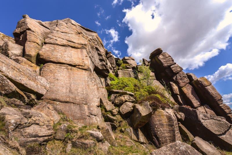 Paisaje id?lico del parque nacional del distrito m?ximo, Derbyshire, Reino Unido fotos de archivo libres de regalías