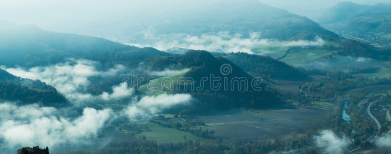 Paisaje maravilloso de Furlo, Marche Italia imágenes de archivo libres de regalías