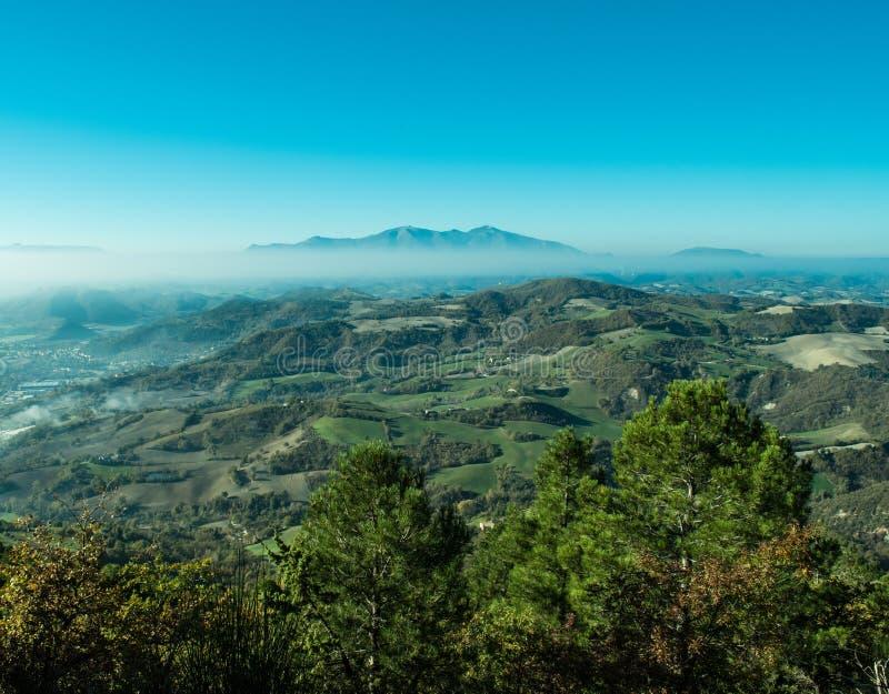 Paisaje maravilloso de Furlo, Marche Italia imagen de archivo libre de regalías
