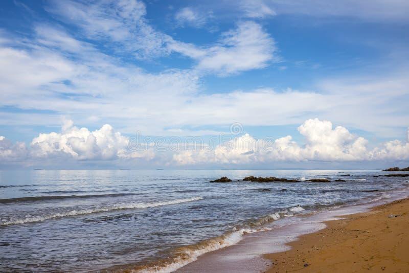 Paisaje marino con la nube fotos de archivo libres de regalías