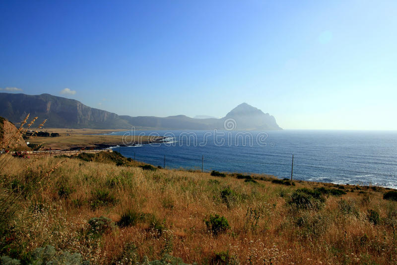 Paisaje marino de la costa del verano, Trapan - Sicilia fotografía de archivo libre de regalías