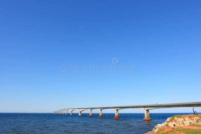 Paisaje marino del puente de la confederación imagen de archivo libre de regalías