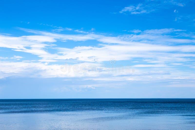 Paisaje marino hermoso en el Oc?ano Atl?ntico fotografía de archivo