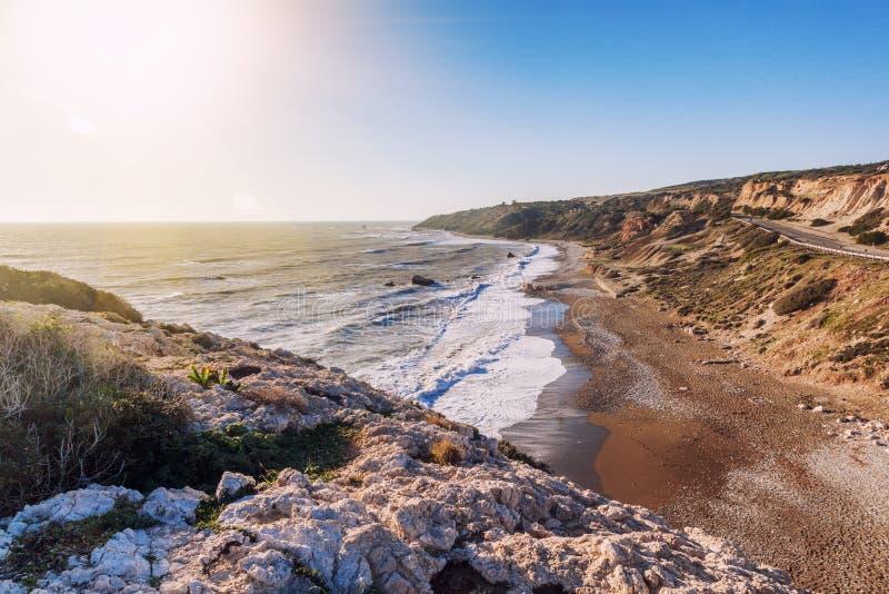 Paisaje marino hermoso, Pebble Beach, rocas, la playa famosa de Aph fotos de archivo libres de regalías