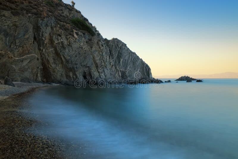 Paisaje marino largo de la puesta del sol de la exposición imágenes de archivo libres de regalías