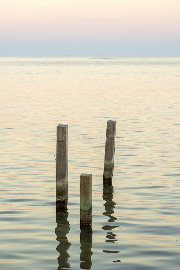Paisaje minimalista del océano imágenes de archivo libres de regalías
