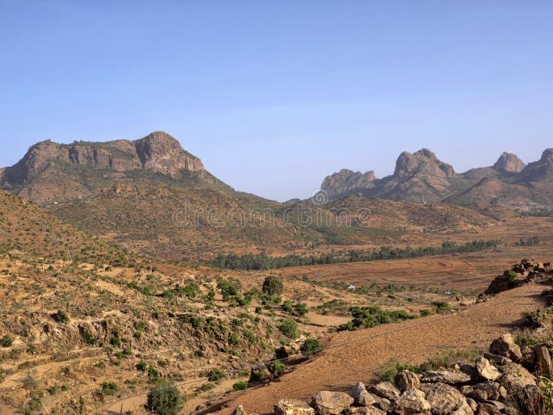 Paisaje montañoso pintoresco en Etiopía imagenes de archivo
