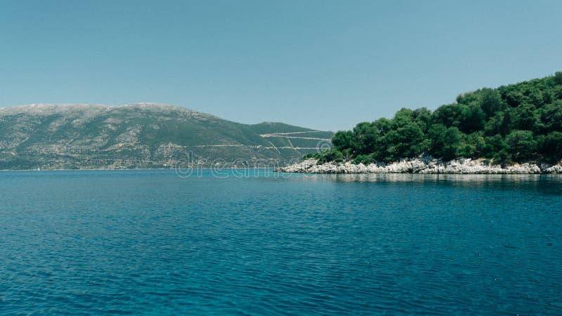 Paisaje panorámico Kefalonia Grecia del mar foto de archivo libre de regalías