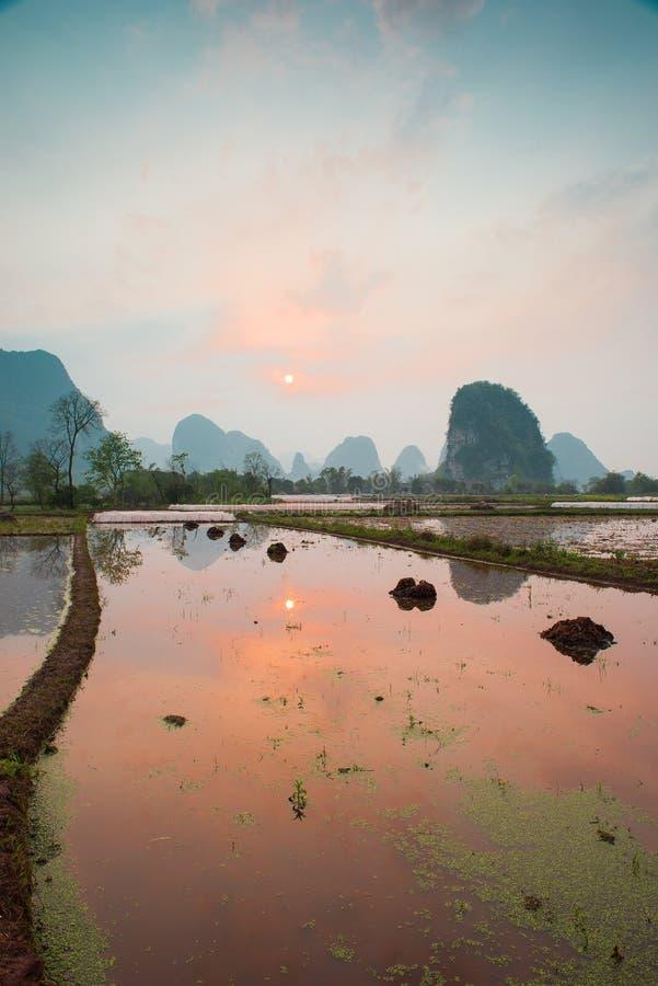 Paisaje pastoral chino imagenes de archivo