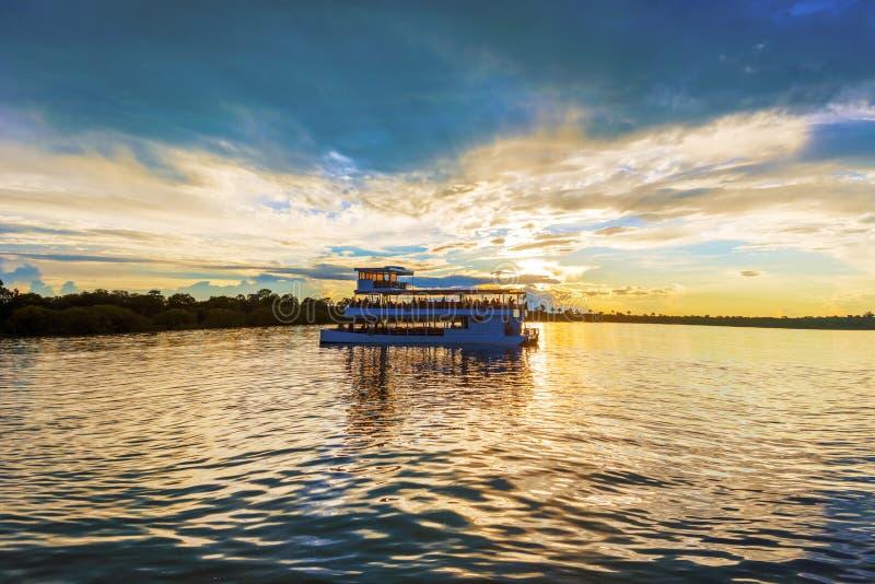 Paisaje sobre el río Zambezi imágenes de archivo libres de regalías
