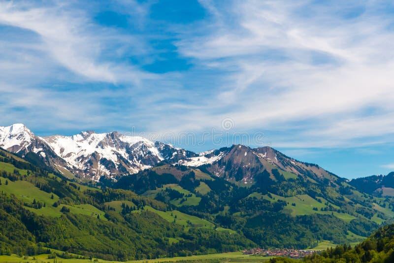 Paisaje suizo hermoso de las montañas Suiza, Europa imagen de archivo