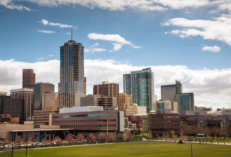 Paisaje urbano céntrico de Denver imagenes de archivo