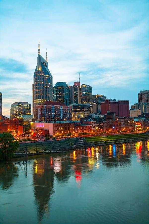 Paisaje urbano céntrico de Nashville por la mañana imagen de archivo libre de regalías