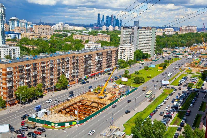 Paisaje urbano: Construcción de una nueva línea del metro en Moscú fotos de archivo libres de regalías