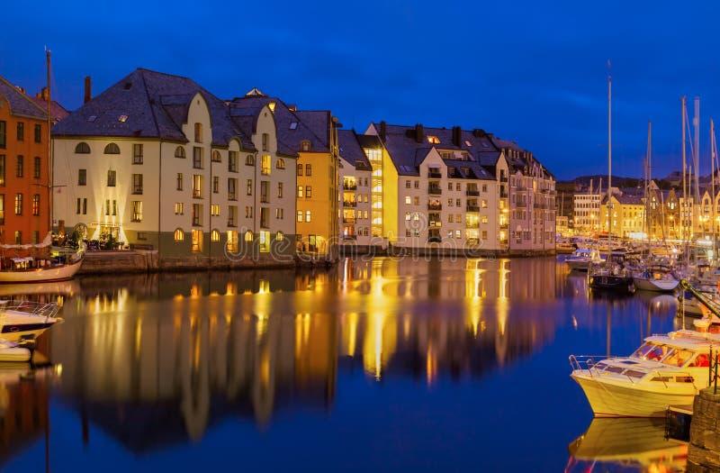 Paisaje urbano de Alesund - Noruega fotografía de archivo