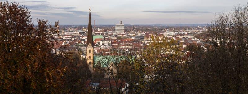Paisaje urbano de Bielefeld Alemania fotos de archivo