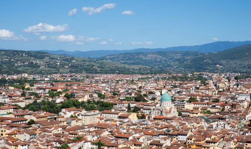Paisaje urbano de Florencia, Italia con la gran sinagoga de Florencia fotografía de archivo