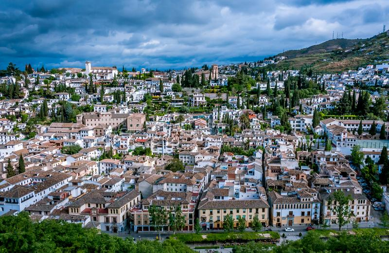 Paisaje urbano de Granada, AndalucÃa, España fotografía de archivo