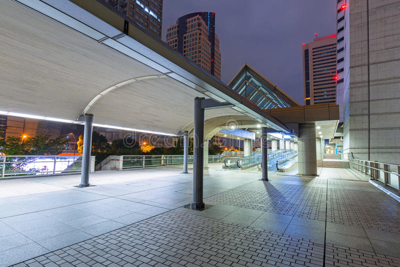 Paisaje urbano de la ciudad de Yokohama en la noche imagen de archivo libre de regalías