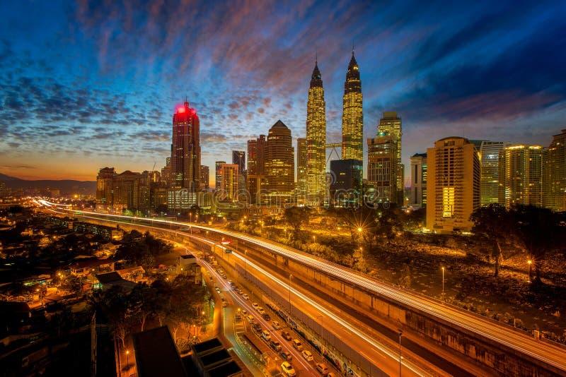 Paisaje urbano de la ciudad de Kuala Lumpur el centro del negocio fotografía de archivo